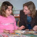 copil-citeste-carti-religie