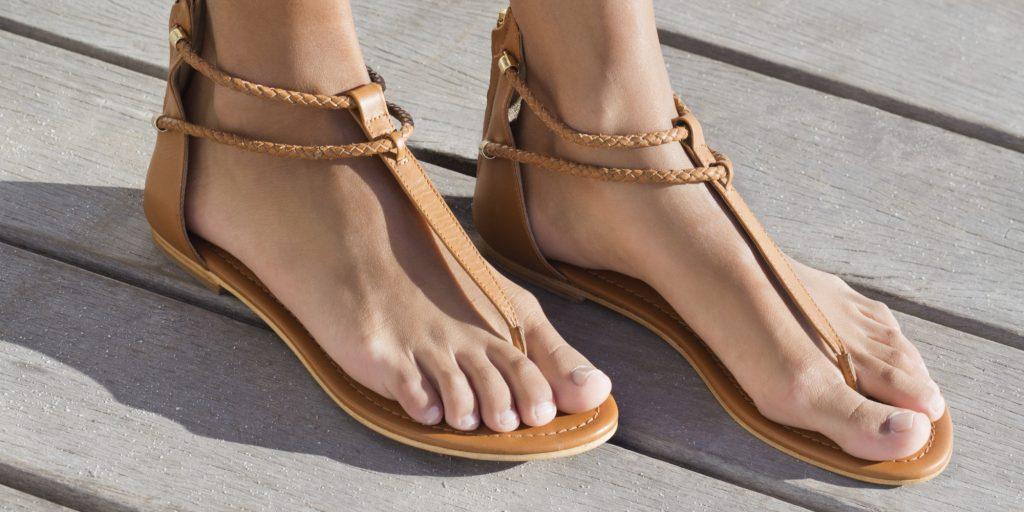 Sandale dama Michael Kors. Vezi zeci de modele pe ShopAlert 2
