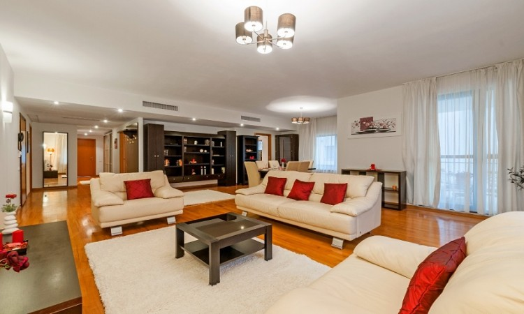 Cauti inchiriere apartament sau vanzare? Sute de oferte la Regatta