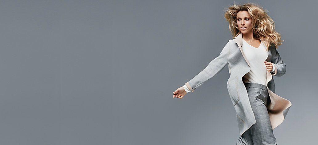 Pantaloni de stofa cu talie joasa, bluze dama clasice pe ShopAlert