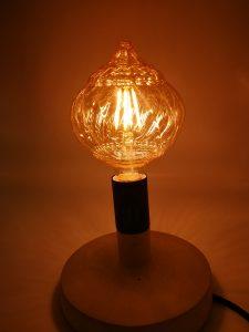Cat de ofertant este un bec Edison pentru decorul ambiental 1
