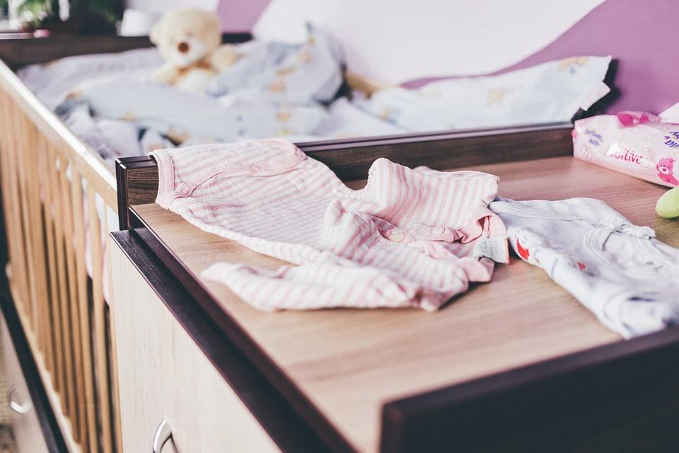 Cum sa cumperi cele mai frumoase hainute de botez? 7
