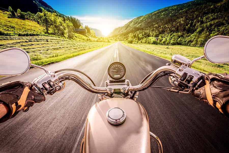 Lucruri pe care nu ar trebui sa le faci atunci cand  vrei sa circuli cu motocicleta in siguranta 1