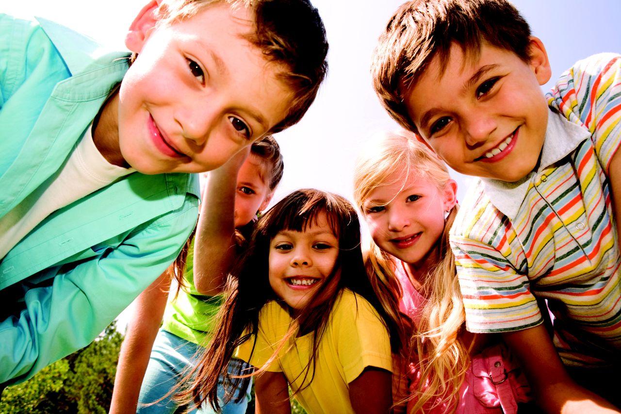 Din ce haine pentru copii poti forma tinuta de gradinita 1